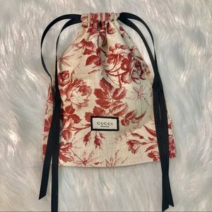 Handbags - GUCCI BLOOM Pouch